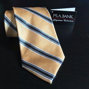 Jos. A. Bank tie with tags